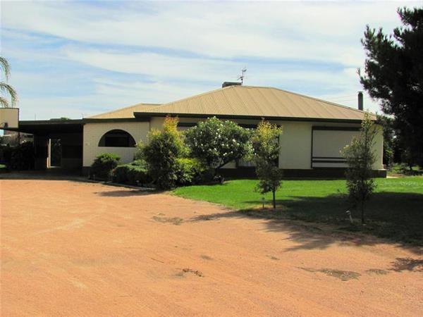 220 Stewart Road Red Cliffs 3496 Victoria Australia