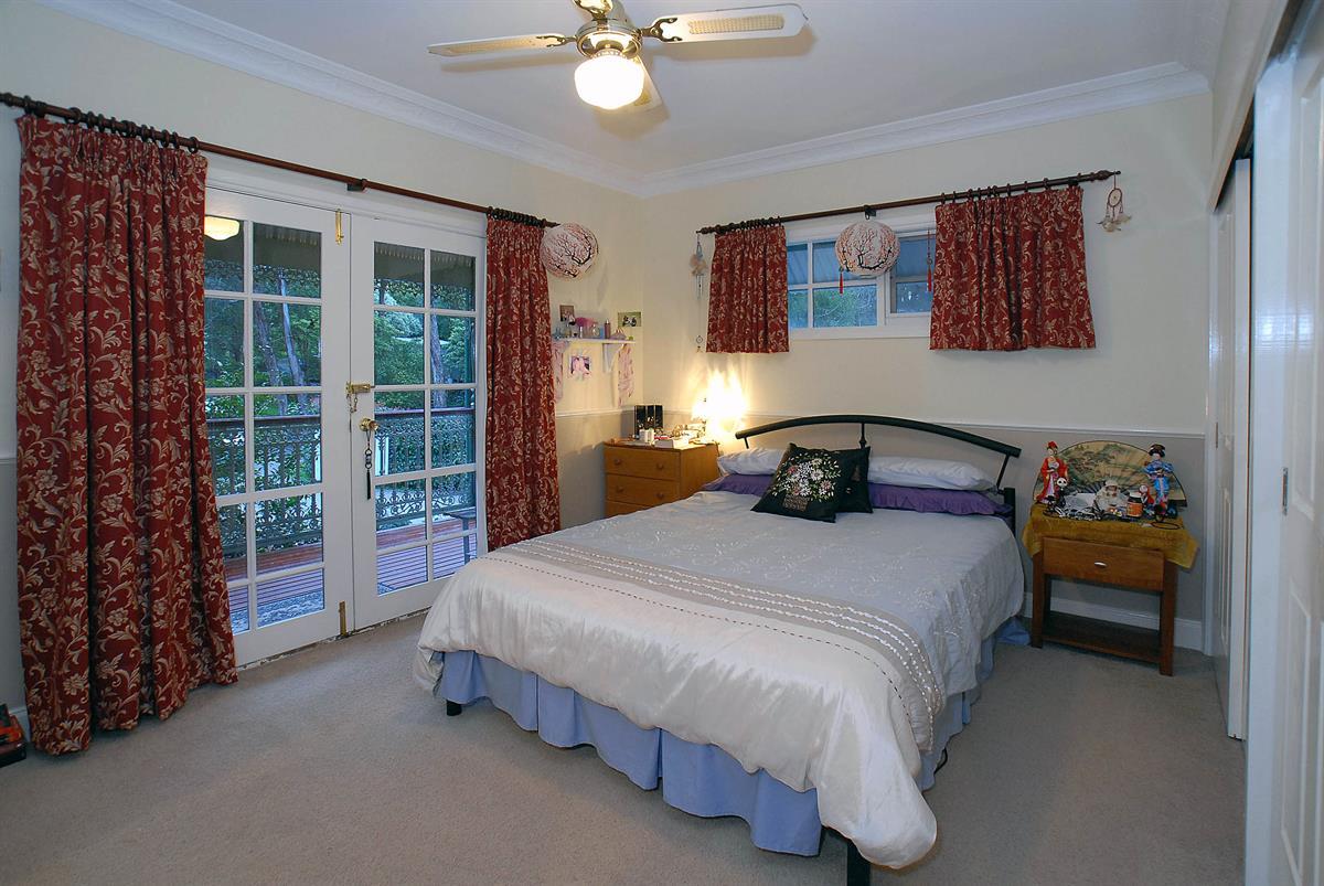 8 Gumtree Grove Belgrave Heights Vic 3160 Australia Bell Real Estate