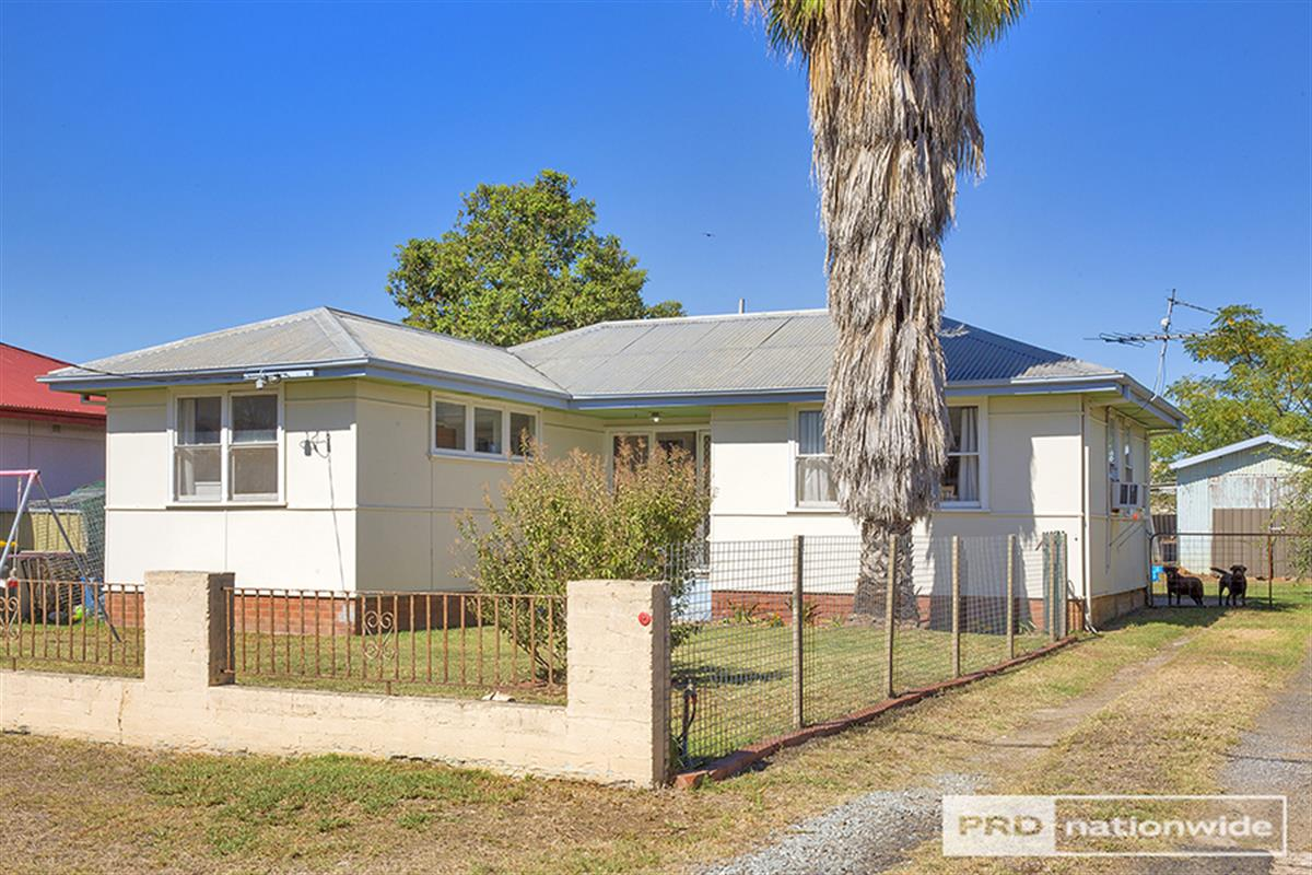 12-stewart-avenue-tamworth-2340