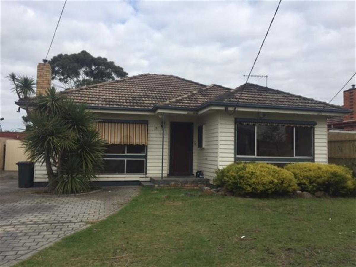 19-golflinks-road-glenroy-3046-vic