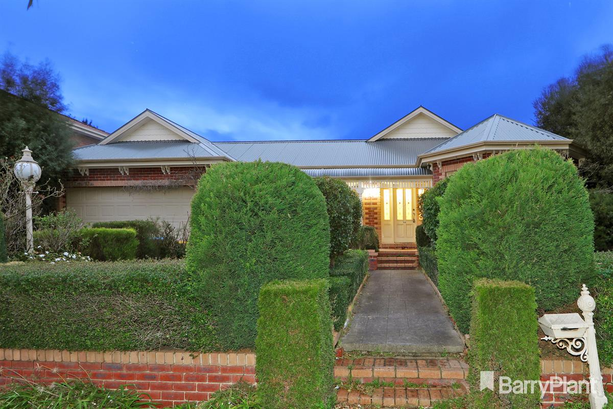 11-whitecliffe-drive-rowville-3178-vic