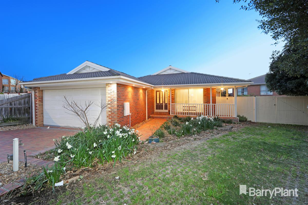 34-holly-green-close-rowville-3178-vic