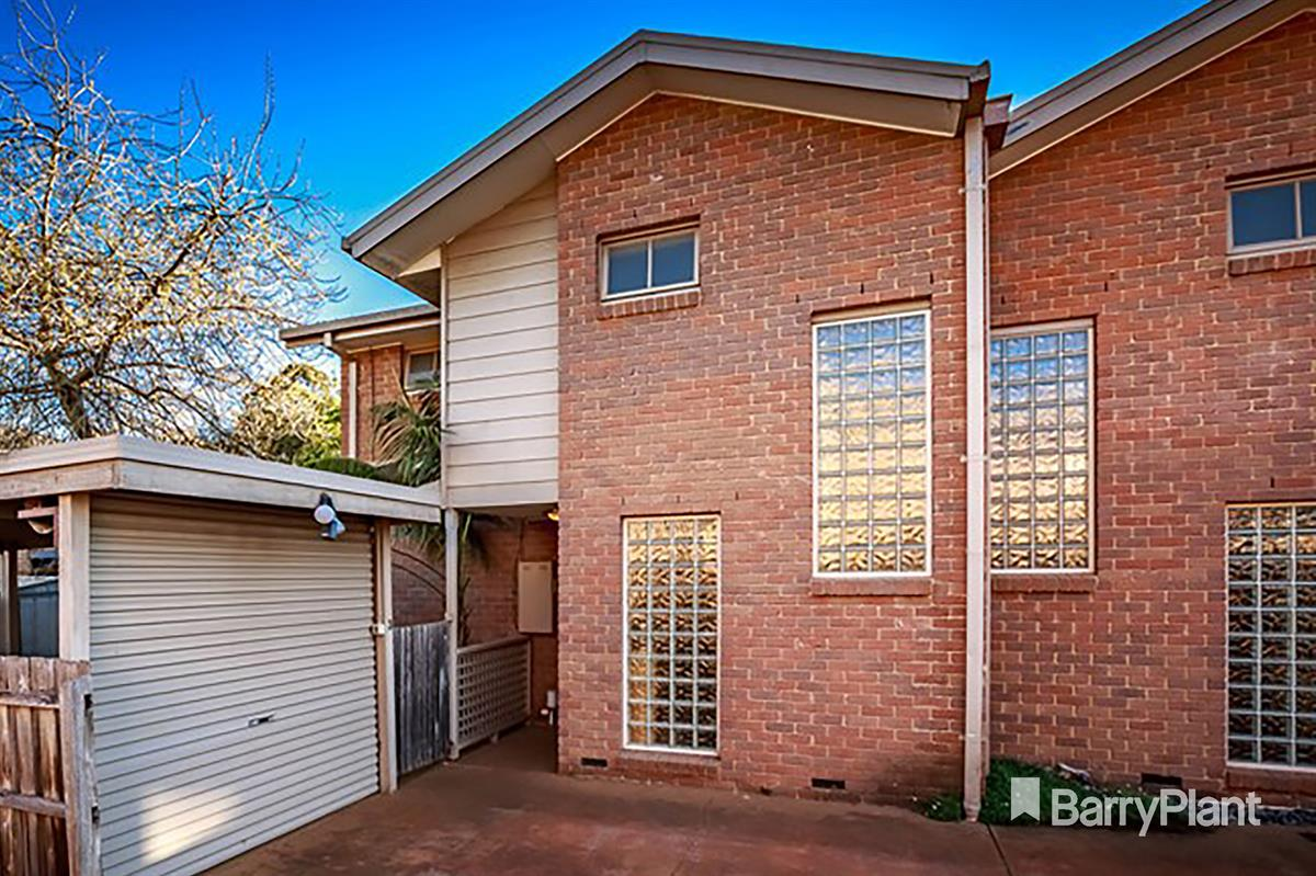 3-34-park-crescent-boronia-3155-vic