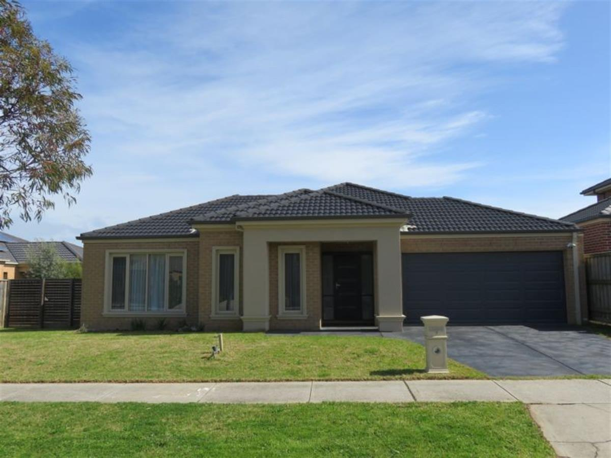 7-little-gem-way-berwick-3806-vic
