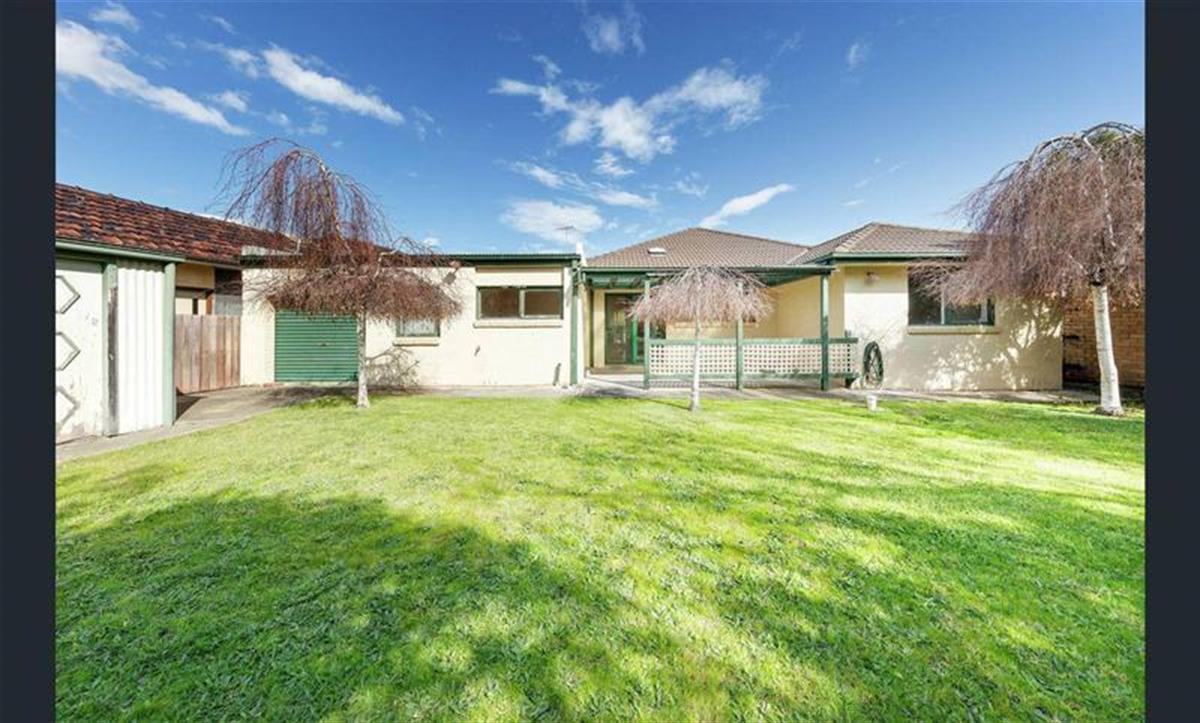 5-wroxham-court-fawkner-3060-vic