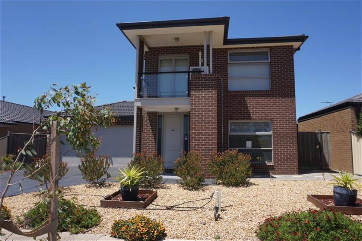 no-21-fontana-avenue-point-cook-3030-vic