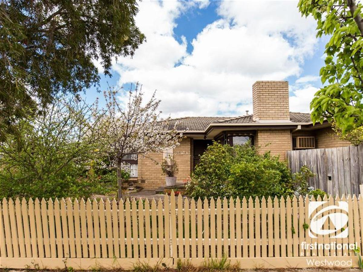 34-strathmore-crescent-hoppers-crossing-3029-vic