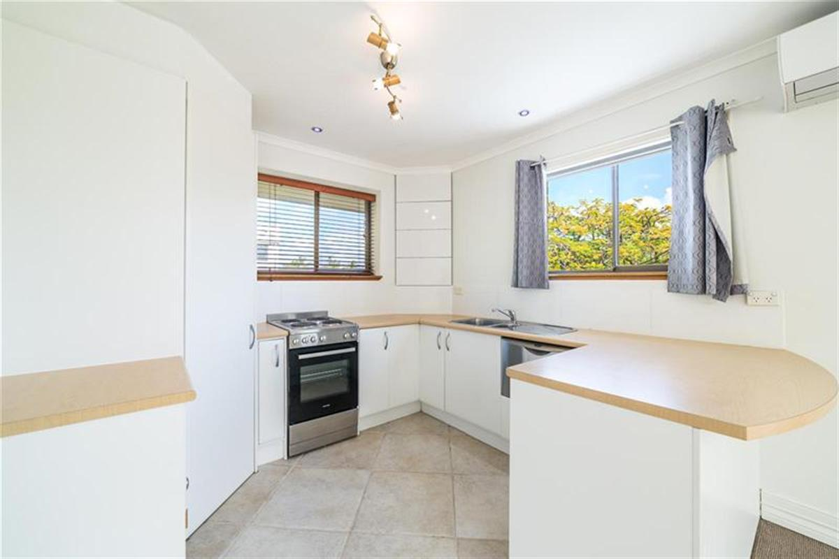 517-huth-street-southport-4215-qld