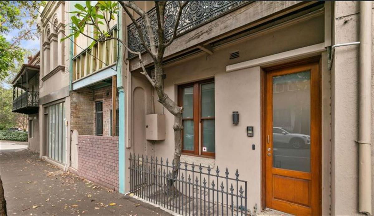 whole-buiding-71-fitzroy-street-surry-hills-2010