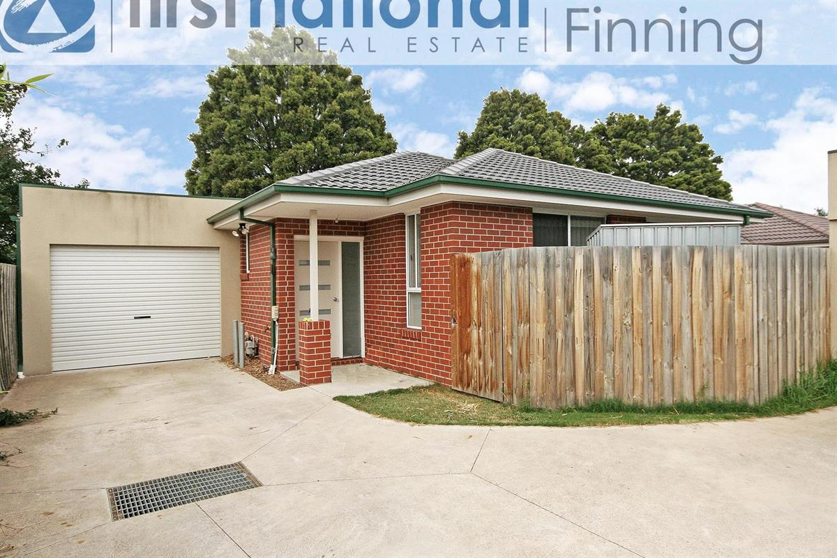 28-carol-avenue-cranbourne-3977-vic