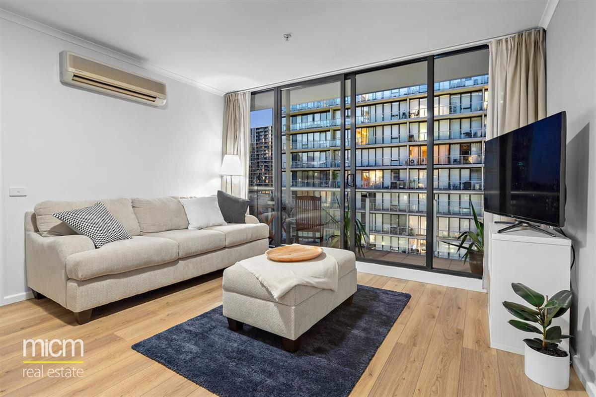 7969-dorcas-street-south-melbourne-3205