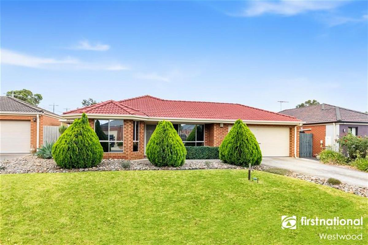 7-persimmon-place-werribee-3030-vic