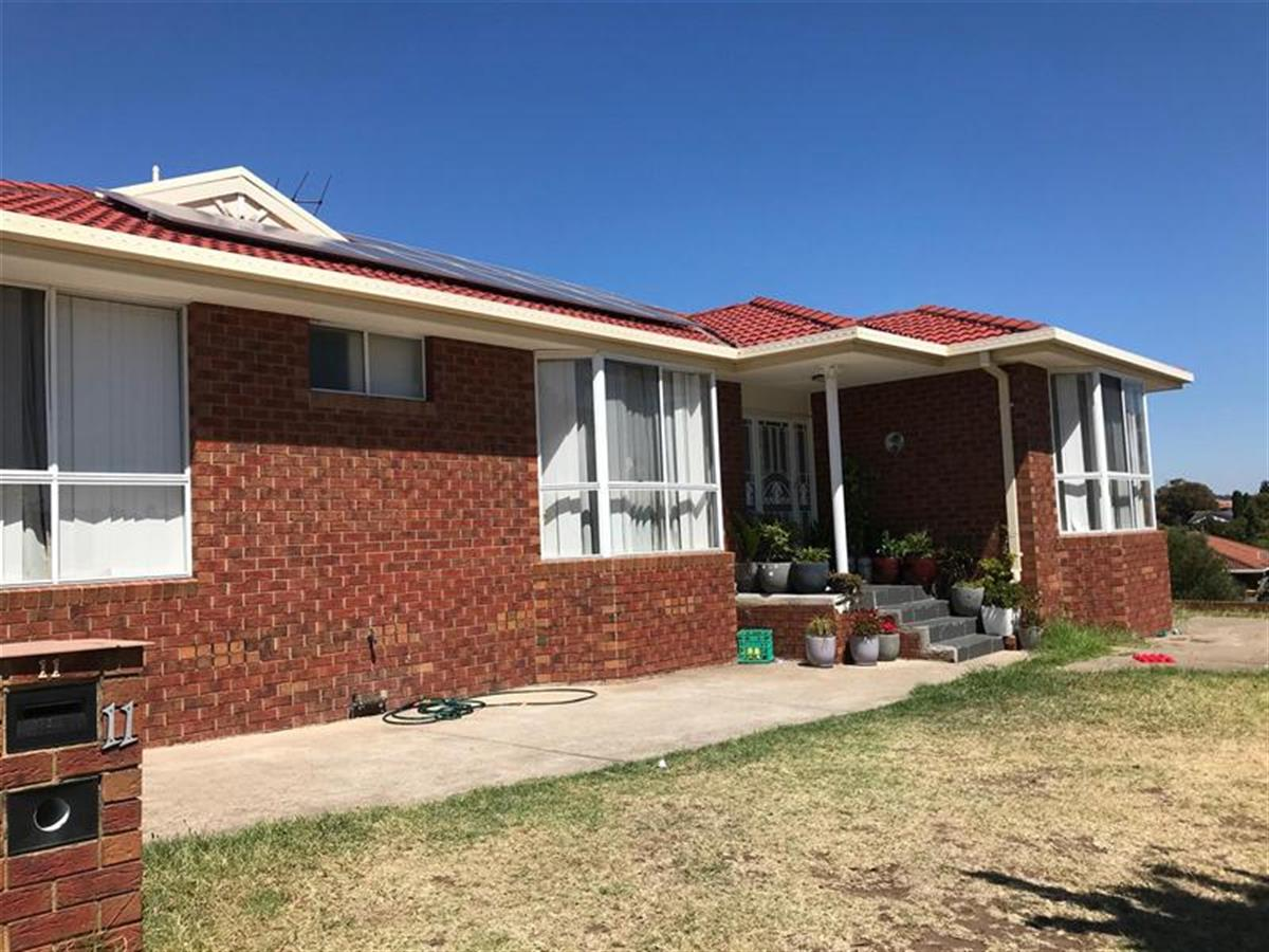 11-bronco-court-meadow-heights-3048-vic