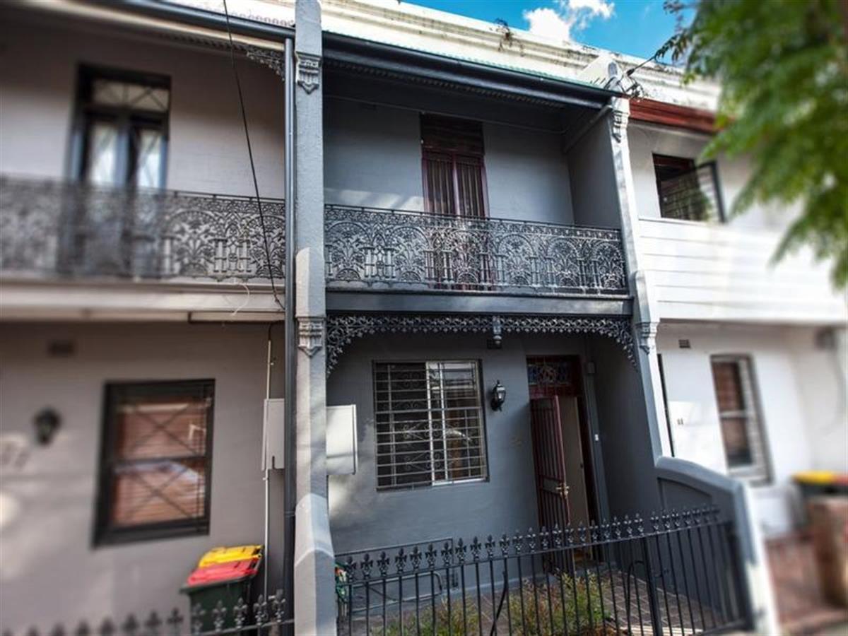 79-boronia-street-redfern-2016-nsw