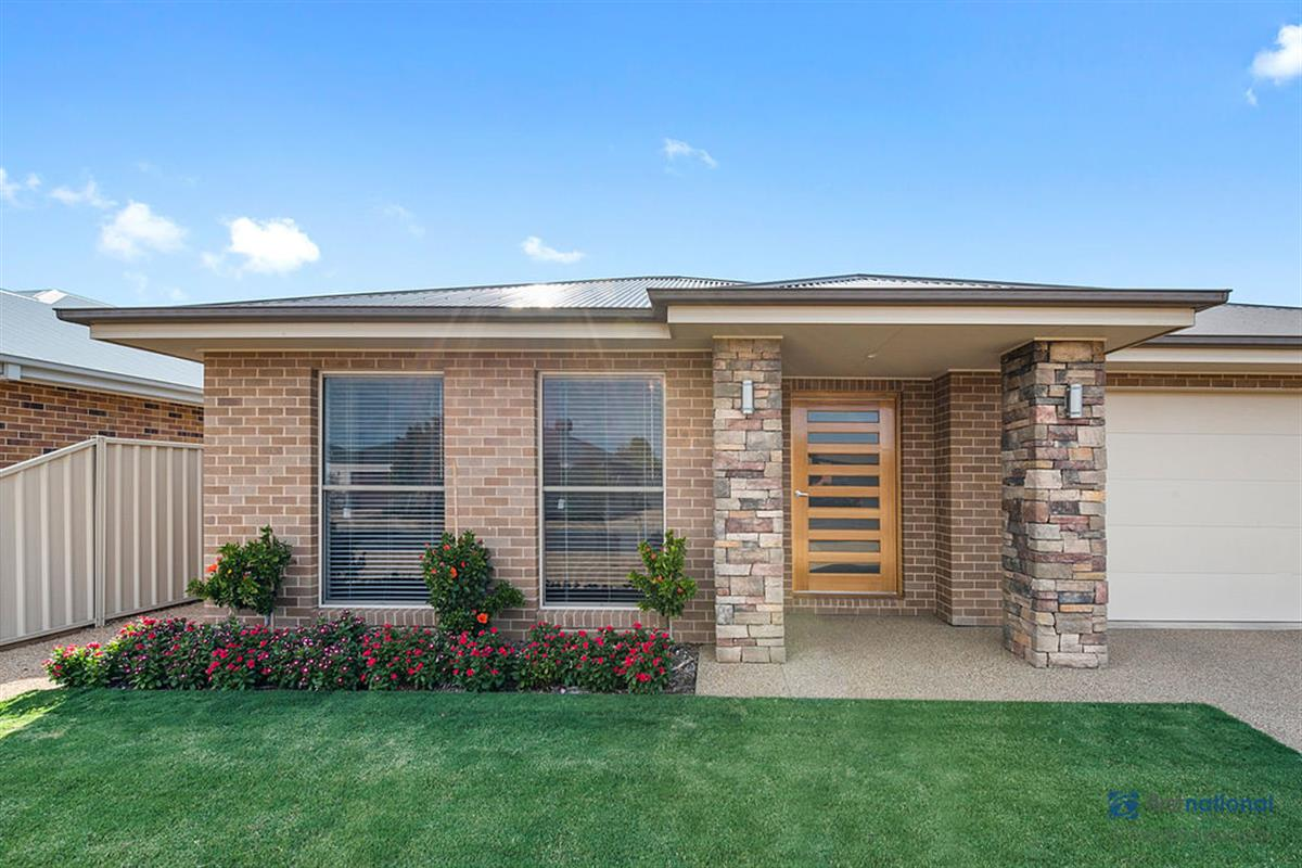 20-lakeviews-circuit-yarrawonga-3730-vic