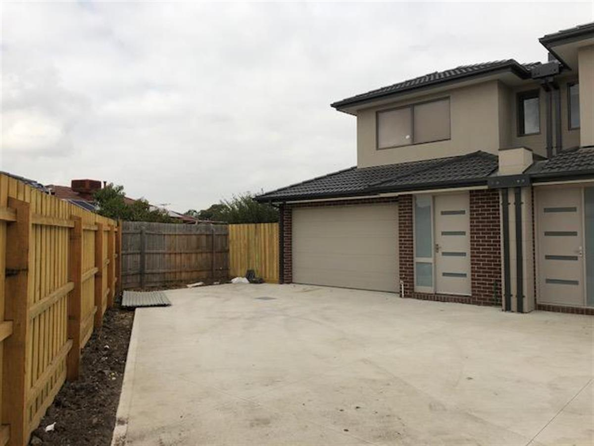 313-ellam-court-meadow-heights-3048-vic