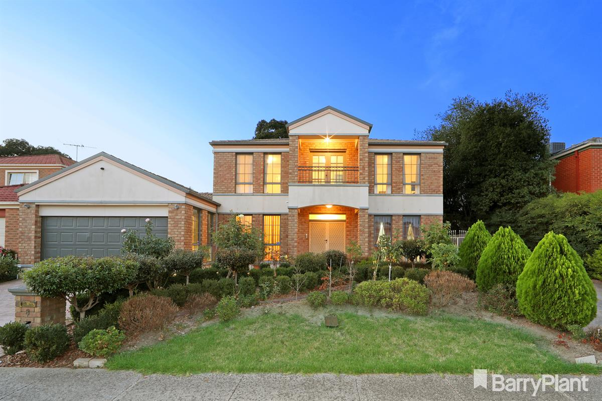 8-huntingdale-court-rowville-3178-vic