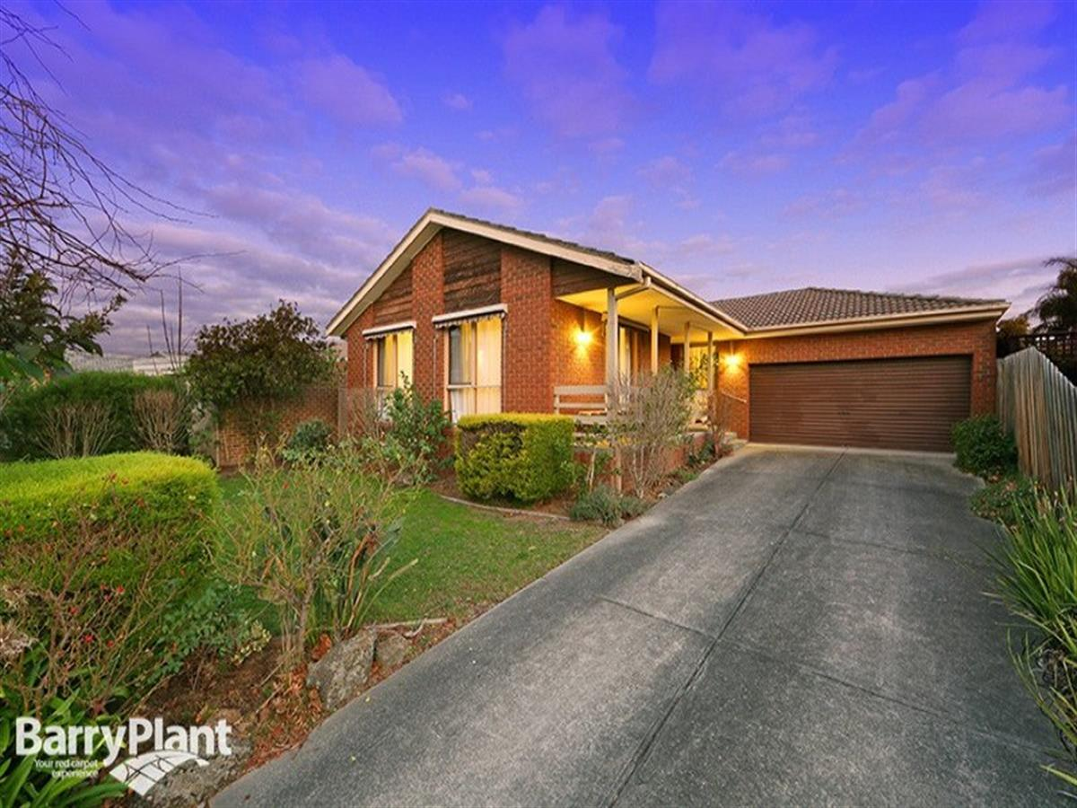4-hopkins-close-rowville-3178-vic