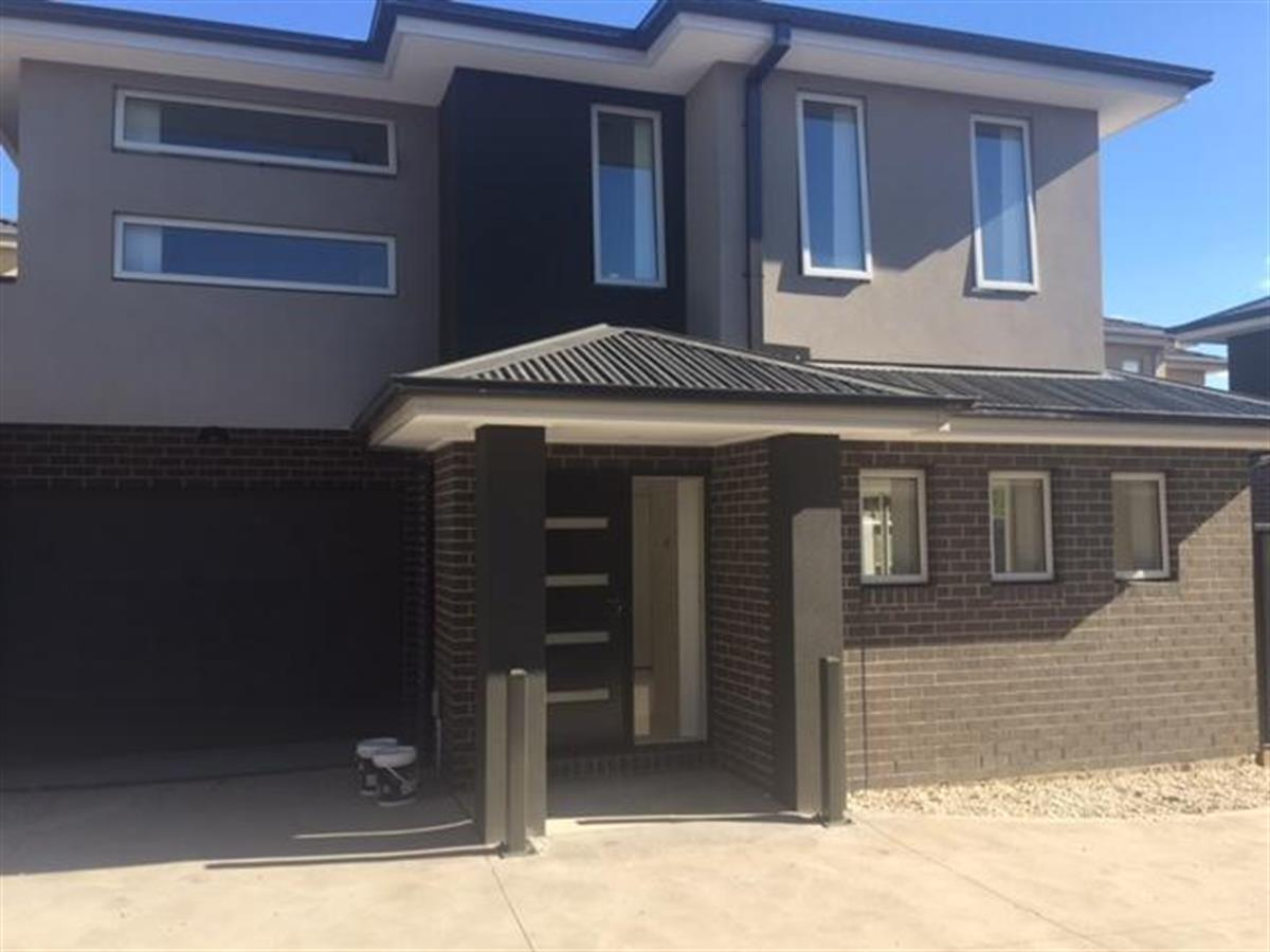 493-rokewood-crescent-meadow-heights-3048-vic