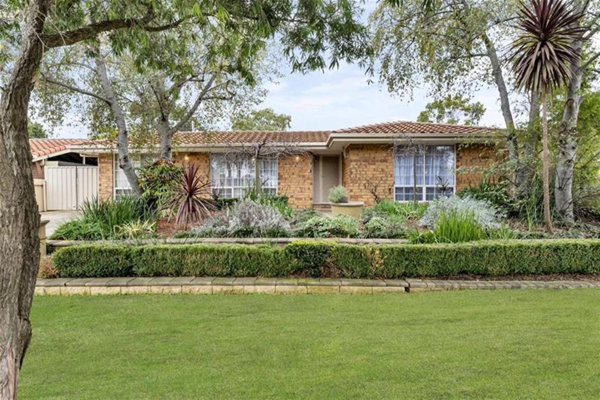 60-de-sassenay-crescent-modbury-heights-5092-sa