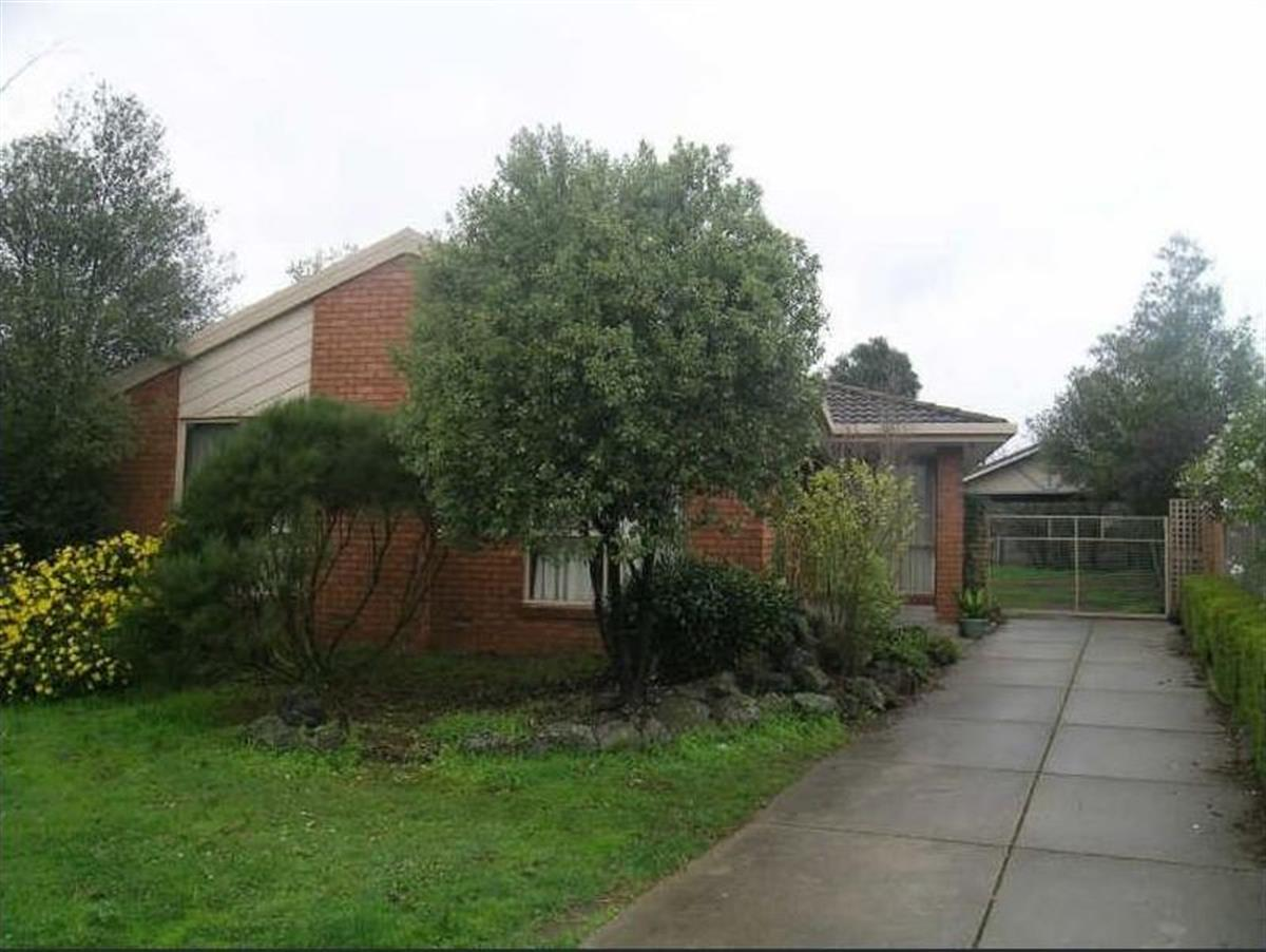 9-settlers-court-rowville-3178-vic