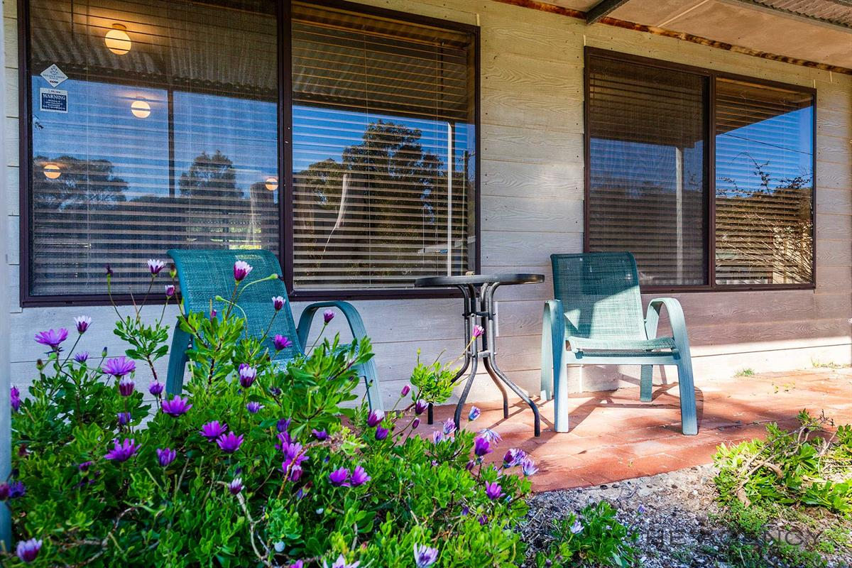 37-fairway-terrace-preston-beach-6215-wa