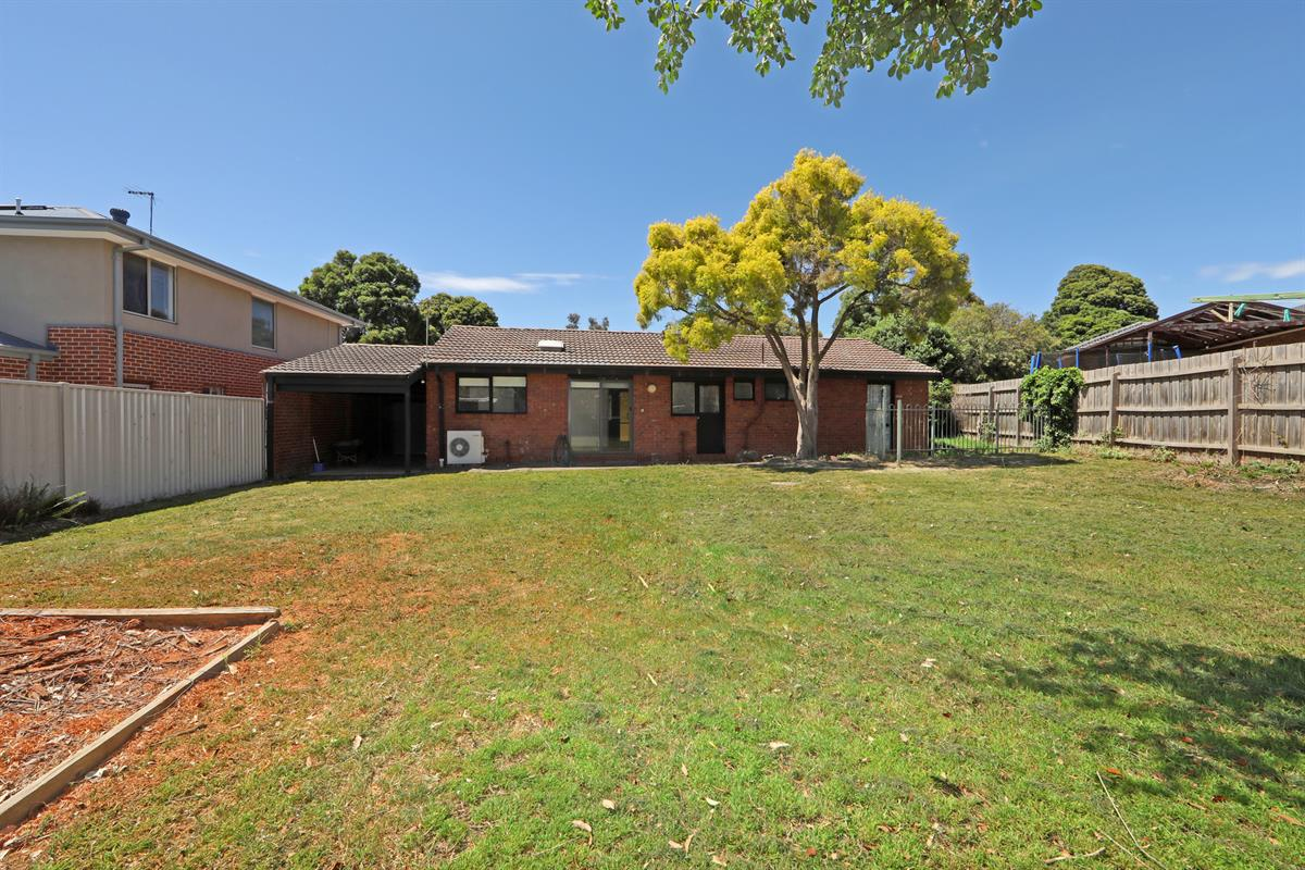 16-lansell-court-rowville-3178-vic